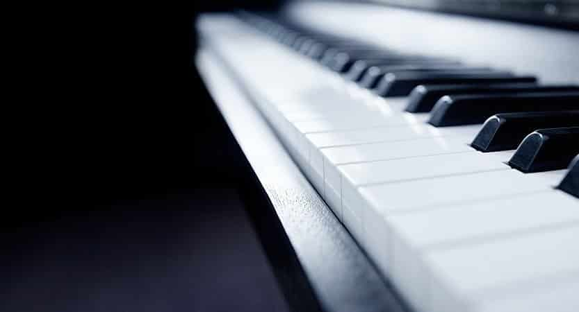 Keyboard with weighted keys for beginner- Top 5